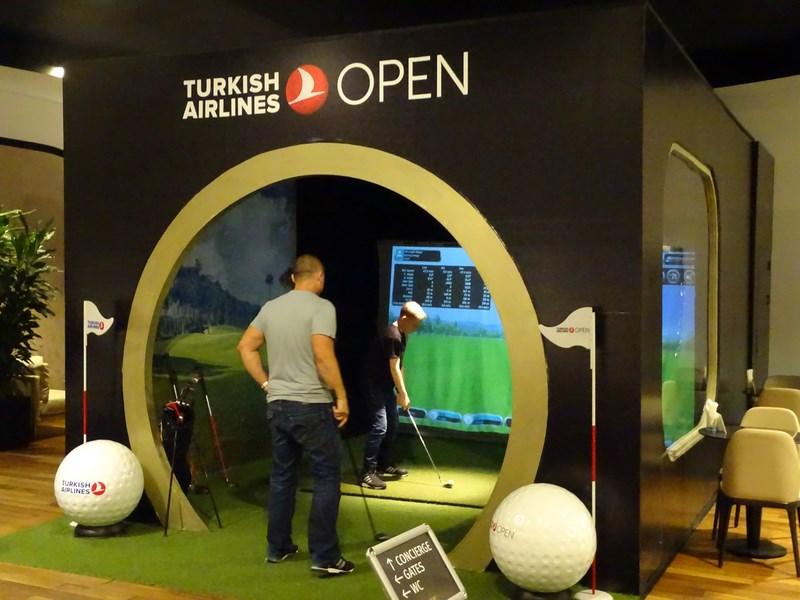 12. Golf in TK lounge