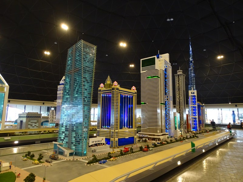 13. Dubai din lego