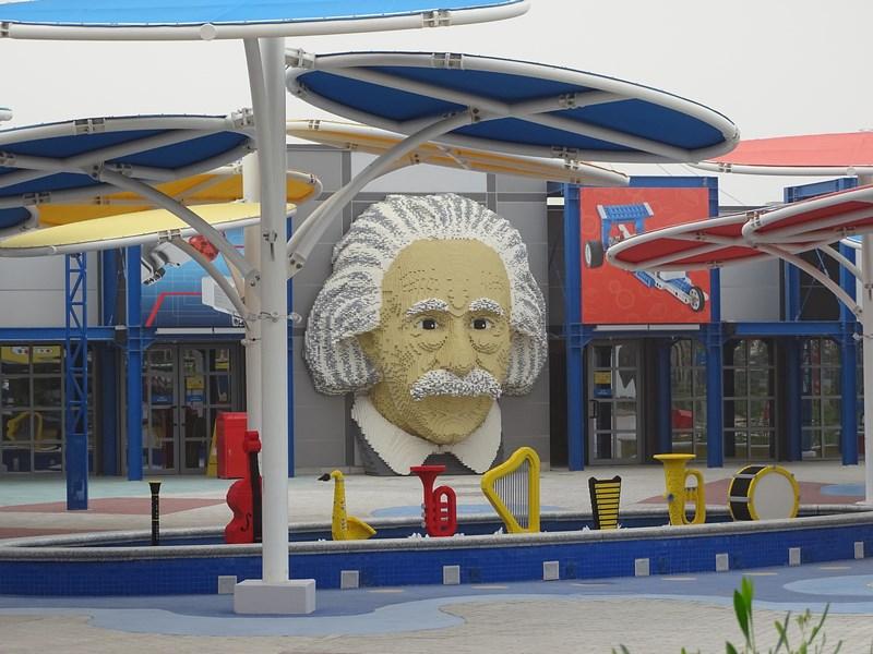 21. Einstein