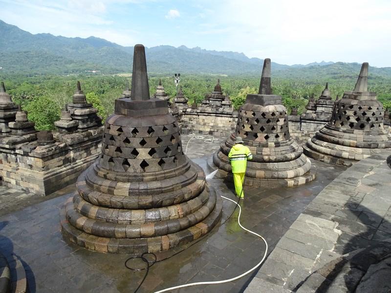 22. Stupe Borobudur