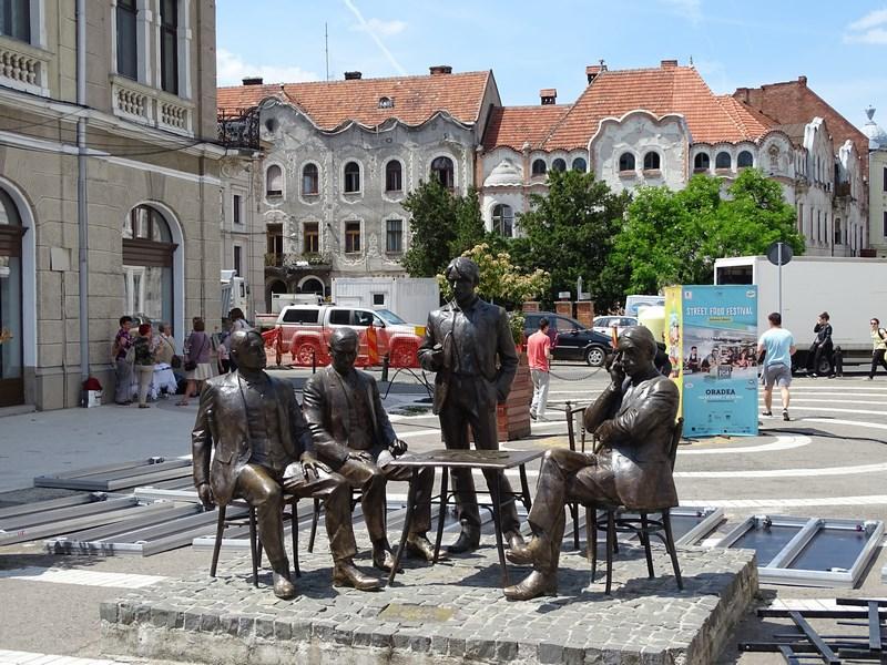 49. Statuie scriitori maghiari Oradea
