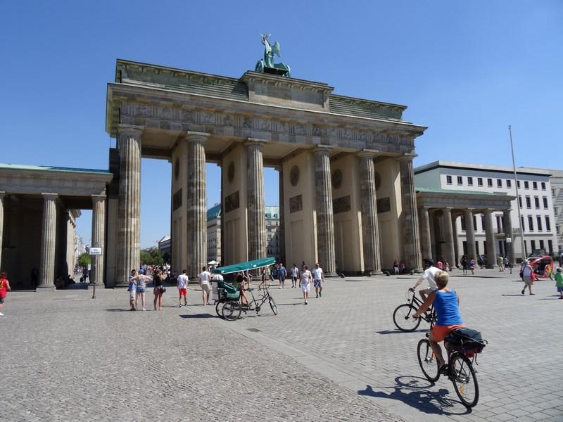 01. Poarta Brandenburg Berlin