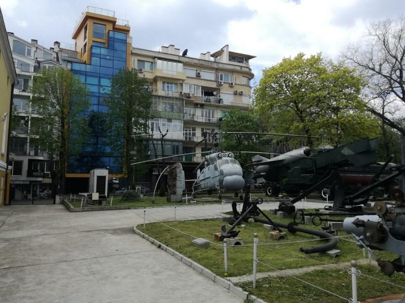 01. Varna