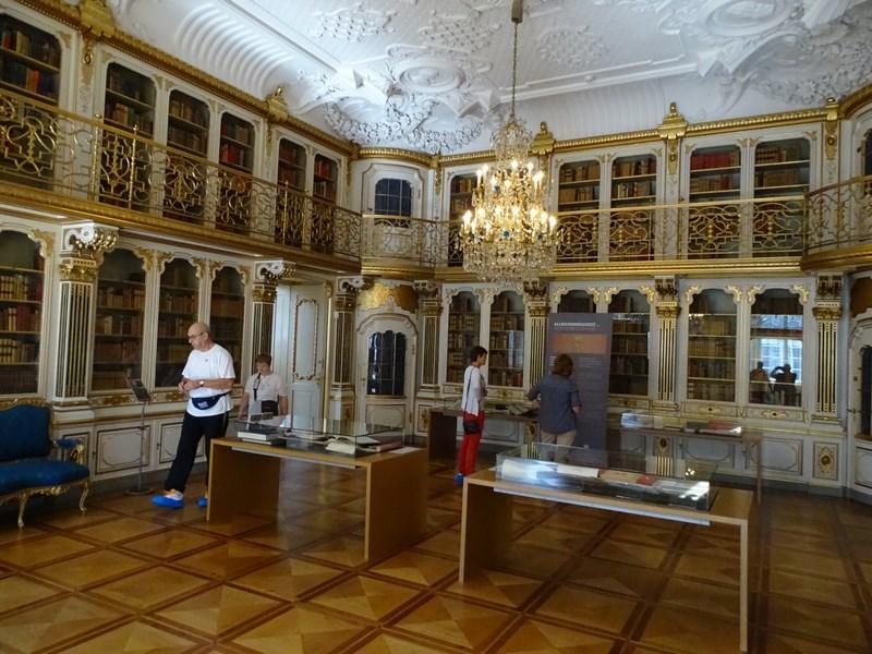 06. Christiansborg interior