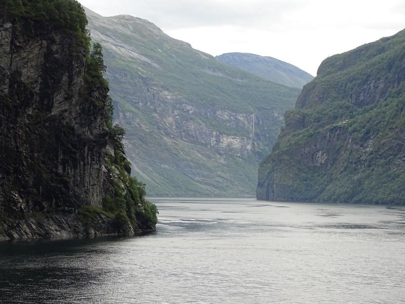 08. Fjord