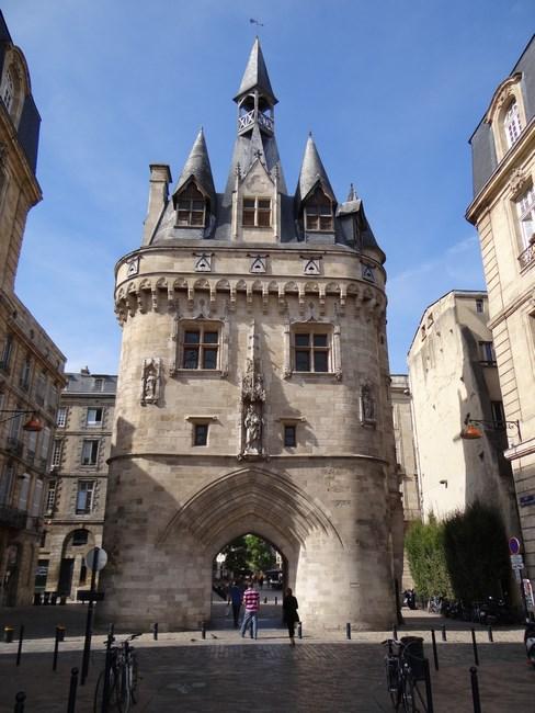 08. Poarta Bordeaux