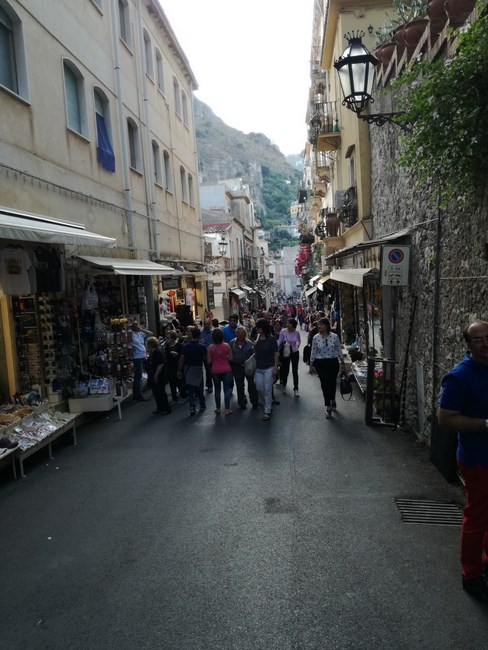 09. Strazi Taormina