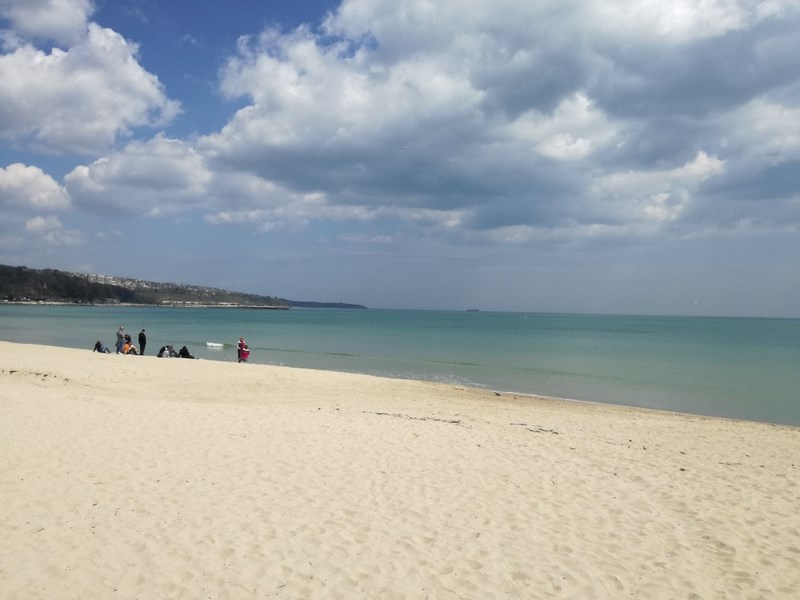 09. Varna beach