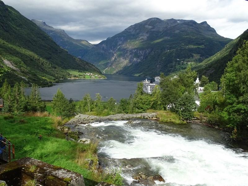 13. Fjord Norvegia, Scandinavia