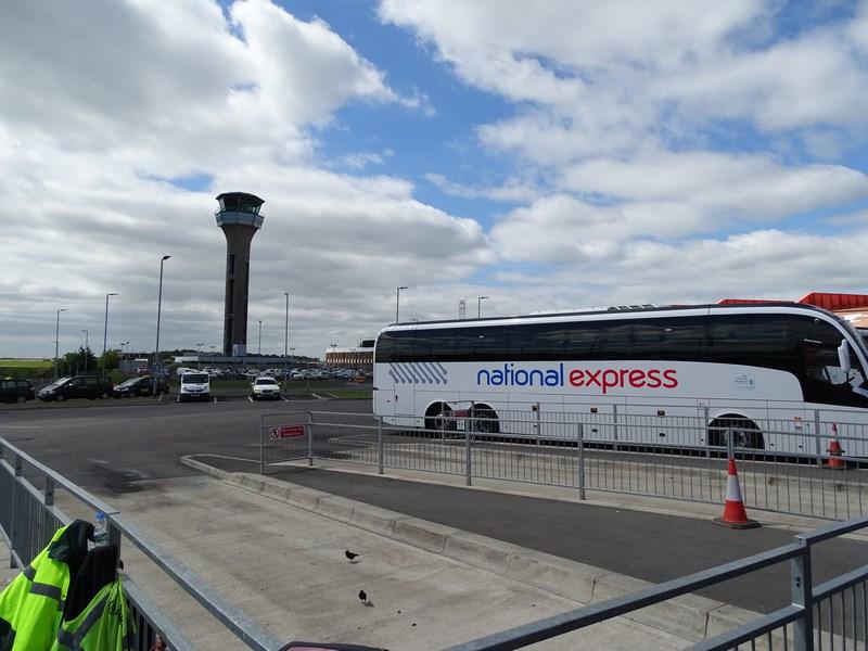 04. Aeroport Luton - Londra