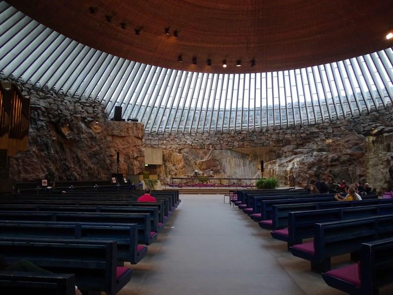 09. Interior biserica