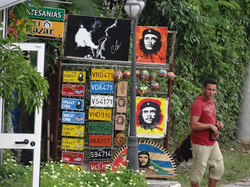 14. Suveniruri Che in Cuba