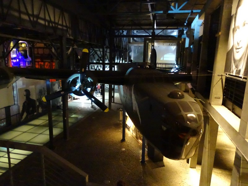 35. Avion Liberator