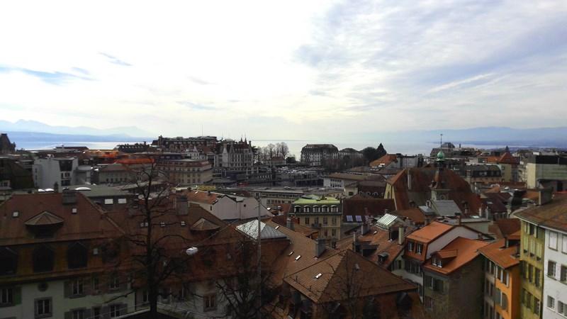 . Lausanne Vazut Din Piateta Catedralei