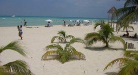 11. Playa Norte
