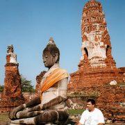 2. Buddha La Ayuthaya
