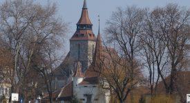 9. Poarta Sf. Ecaterina Si Biserica Neagra Brasov