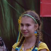 5. Fetita Ucraineanca Copy