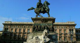 0. Statuia Din Piazza Duomo