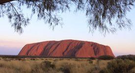 37 Uluru Stanca Sacra Uluru La Apus