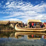 10. Barca De Trestie Uros Pe Lacul Titicaca