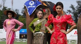 13. Fete Asia