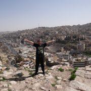 09. Deasupra Ammanului