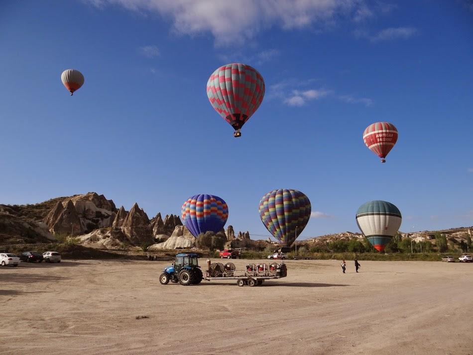 43. Baloane In Cappadocia