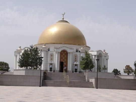 03. Mausoleul lui Turkmenbashi de la Kipchak