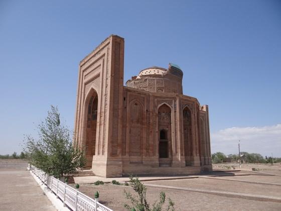 06, Turabek - Khanum