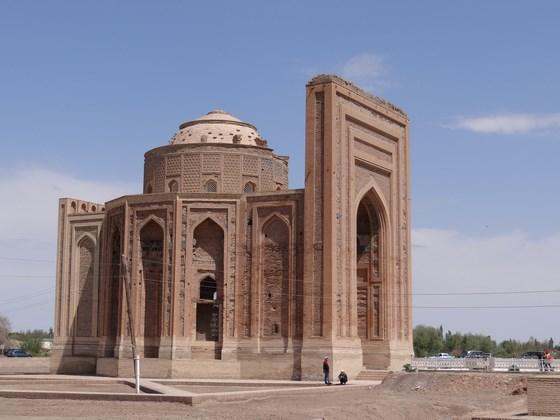 07, Mauseoleum Turabek Khanum