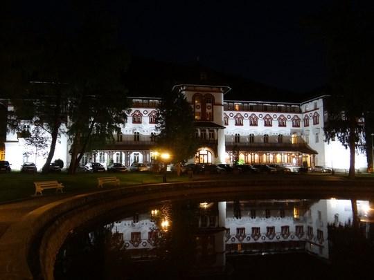 16. Hotel Caraiman