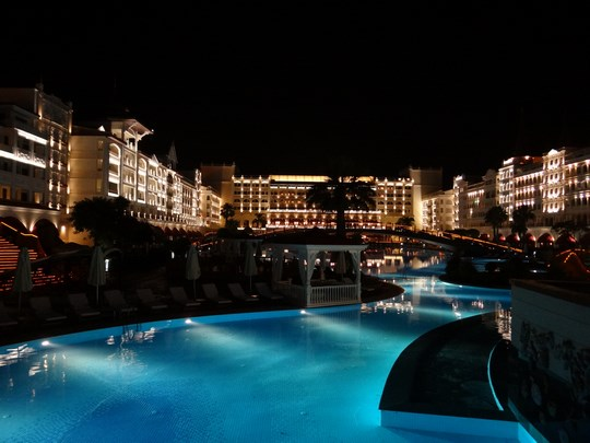 36. Mardan Palace by night