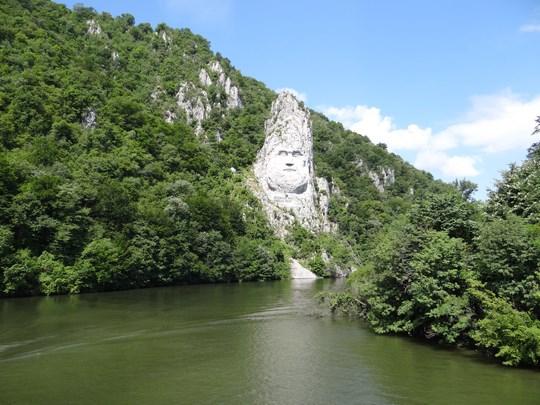 03. Statuia lui Decebal la Cazane