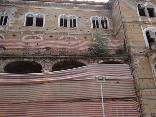 06. Ruine - Baile Herculane