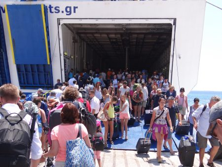 24. Ferry Mykonos - Creta