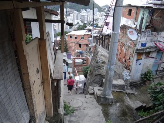 26. Magazin din favela