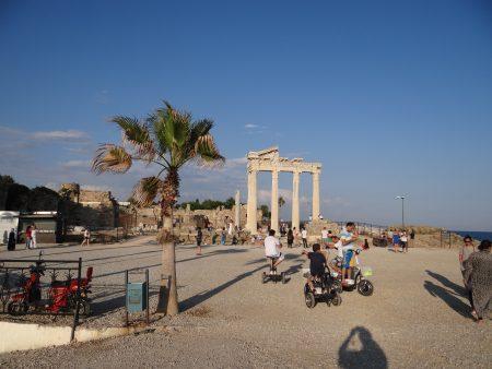 27. Templul Apollo