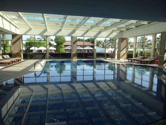 35. Alba Royal Hotel - piscina acoperita
