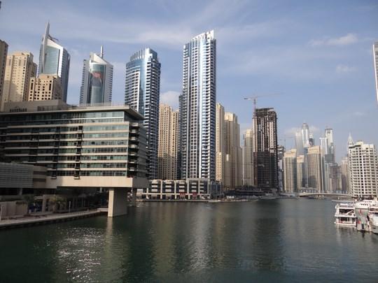 02. Cartierul Dubai Marina