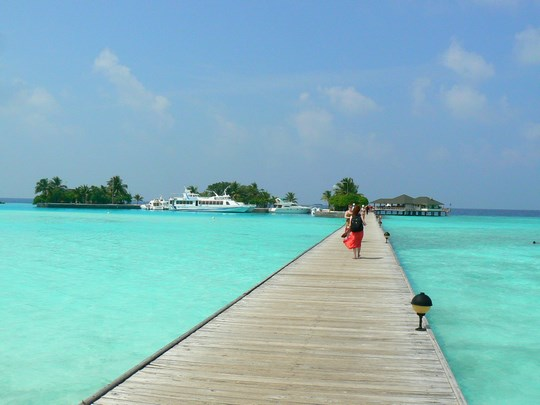02. Sosire resort Maldive (Copy)