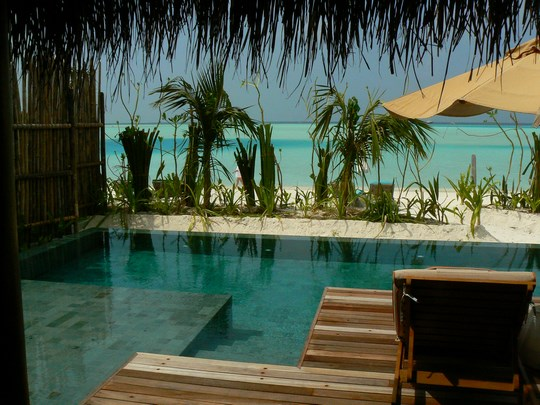 08. Vila cu piscina privata