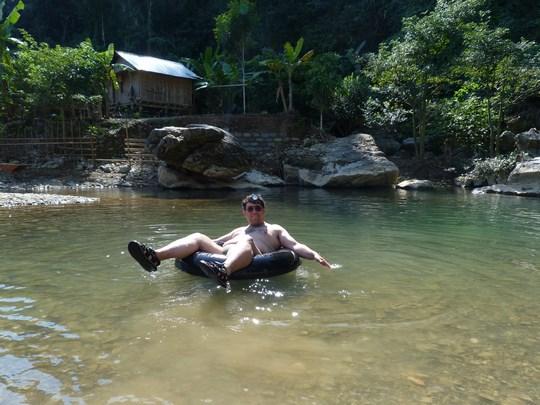 09. Tubing Laos
