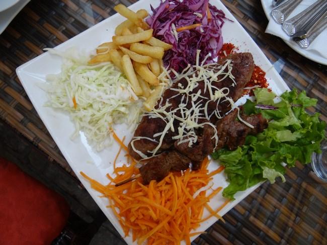 17. Kebab macedonean
