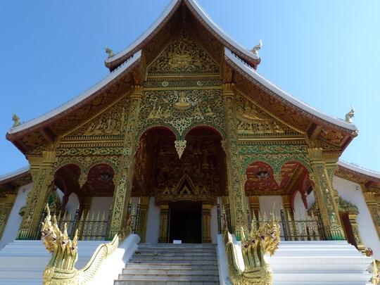 20. Templu Laos