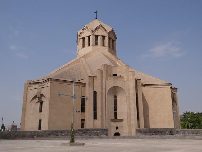 03. Catedrala Grigore Luminatorul