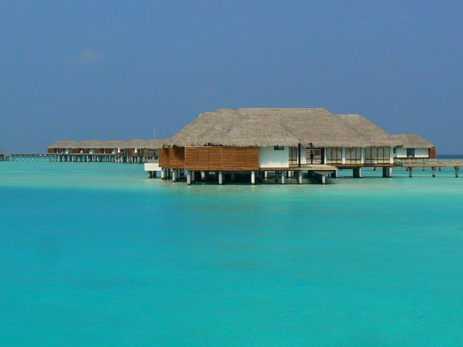 09. Hotel in Maldive