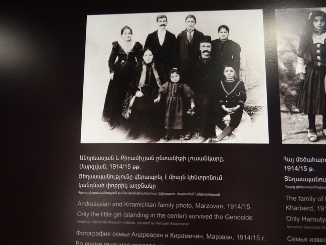 14. Familie armeana decimata de genocid