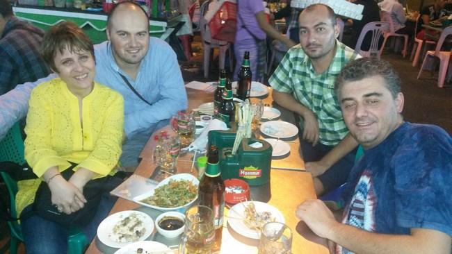 16. cu ai nostri clienti romani la bere pe 19 street (Copy)