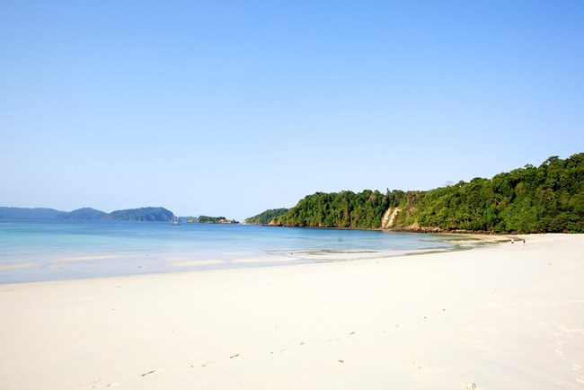 8. Mergui beach (Copy)